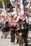 Dansa herdar på folklorefestival i Bulgarien Arkivfoton