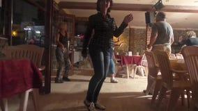 Dansa i klubban lager videofilmer