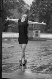Dansa i regna Royaltyfri Fotografi