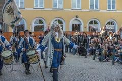 Dansa, partiet och utseendet på Halden fyrkanter Fotografering för Bildbyråer