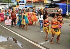 Dansa ungar och kvinnor Royaltyfria Foton