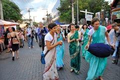 Danse au marché de dimanche Image stock