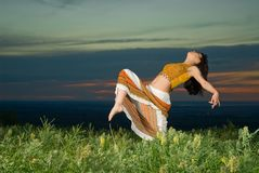 dansar solnedgång Royaltyfria Foton