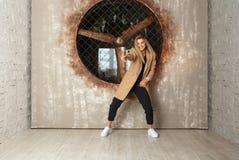 Dansare för gatadansflicka Fotografering för Bildbyråer