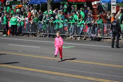 Dansare 2019 för St Louis St Patrick Day Parade VIV royaltyfria bilder