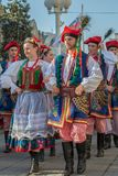 Dansare från Polen i traditionell dräkt Royaltyfria Foton
