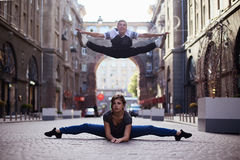 Dansare på gatan arkivbild