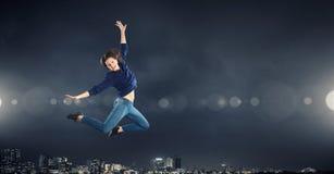 Dansareflicka i hopp Arkivfoton