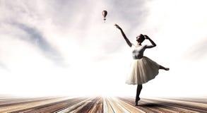 danse élégante de ballerine Media mélangé photos libres de droits