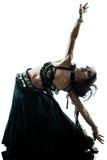 Danse arabe de danseuse du ventre de femme Photographie stock libre de droits