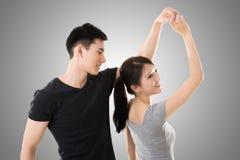 Danse asiatique de couples Photographie stock libre de droits