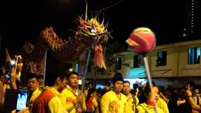 Danse chinoise de dragon Photos stock