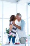Danse de couples au café Image stock