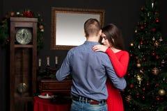 Danse de couples d'amour au restaurant de luxe Photo libre de droits