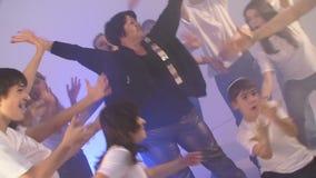 Danse de disco Mouvement lent banque de vidéos
