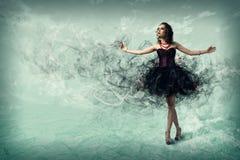 Danse de femme Images libres de droits