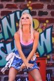 Danse de fille sur l'étape Image stock