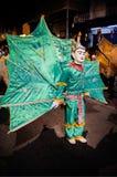 Danse de Ging Gala Bird d'oiseau de Kinnari de style de Tai Yai avec du Bi de ciel image libre de droits