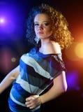 Danse de jeune femme images libres de droits