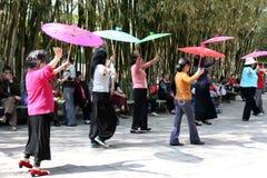 Danse de parapluie Photo stock