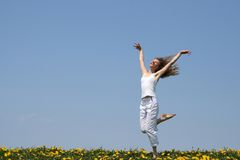 Danse de sourire de fille Images libres de droits