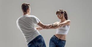 Danse del sociale di dancing delle coppie immagine stock libera da diritti