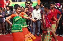 Danse folklorique d'Assam, Inde photos stock