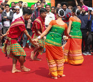 Danse folklorique d'Assam, Inde Photos stock