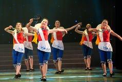 Danse folklorique : danse de faucille Photos stock