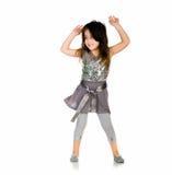 Danse mignonne de petite fille photographie stock libre de droits