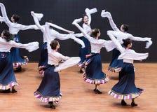 Danse tibétaine de Guozhuang 20-Chinese - répétition d'enseignement au niveau de département de danse photos libres de droits
