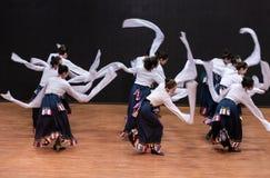 Danse tibétaine de Guozhuang 21-Chinese - répétition d'enseignement au niveau de département de danse image libre de droits