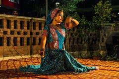 Danse traditionnelle d'Inde. Photo stock