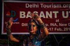 Danse traditionnelle d'Inde. Photographie stock