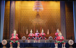 Danse traditionnelle thaïlandaise de tambour Photographie stock