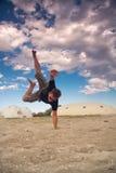 Dansen op het zand Stock Afbeeldingen