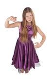 Dansend meisje in violette kleding Stock Foto's