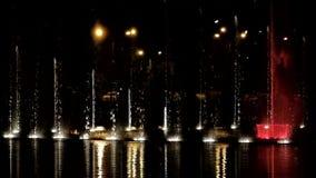 Dansende fonteinen met licht-episode 7 stock videobeelden