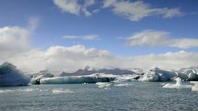 Dansende Ijsbergen stock footage