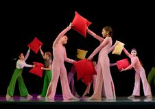 Dansende kinderen Royalty-vrije Stock Foto's