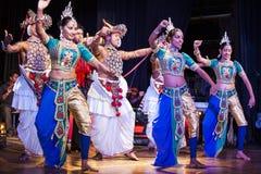 dansende meisjes  Royalty-vrije Stock Afbeeldingen