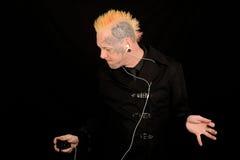 Dansende mens met iPod royalty-vrije stock fotografie