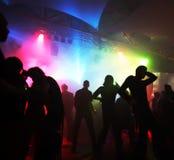 Dansende tieners royalty-vrije stock afbeeldingen
