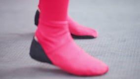 Dansende voeten stock video