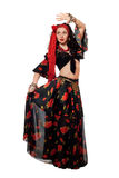 Dansende zigeunervrouw in een zwarte rok. Geïsoleerdo Stock Afbeeldingen