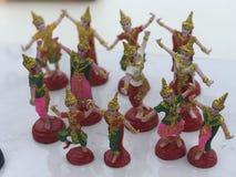 Danser Dolls, open ceremonie alvorens aan Heiligdomstandbeelden aan te bieden stock foto's