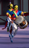 Danser met geel masker Royalty-vrije Stock Foto's