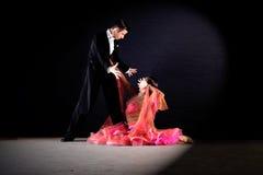 Dansers in balzaal royalty-vrije stock fotografie