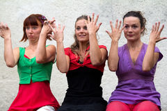 Dansers die met hun handen spelen Royalty-vrije Stock Afbeeldingen