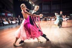 Dansers het dansen standaarddans Royalty-vrije Stock Afbeelding